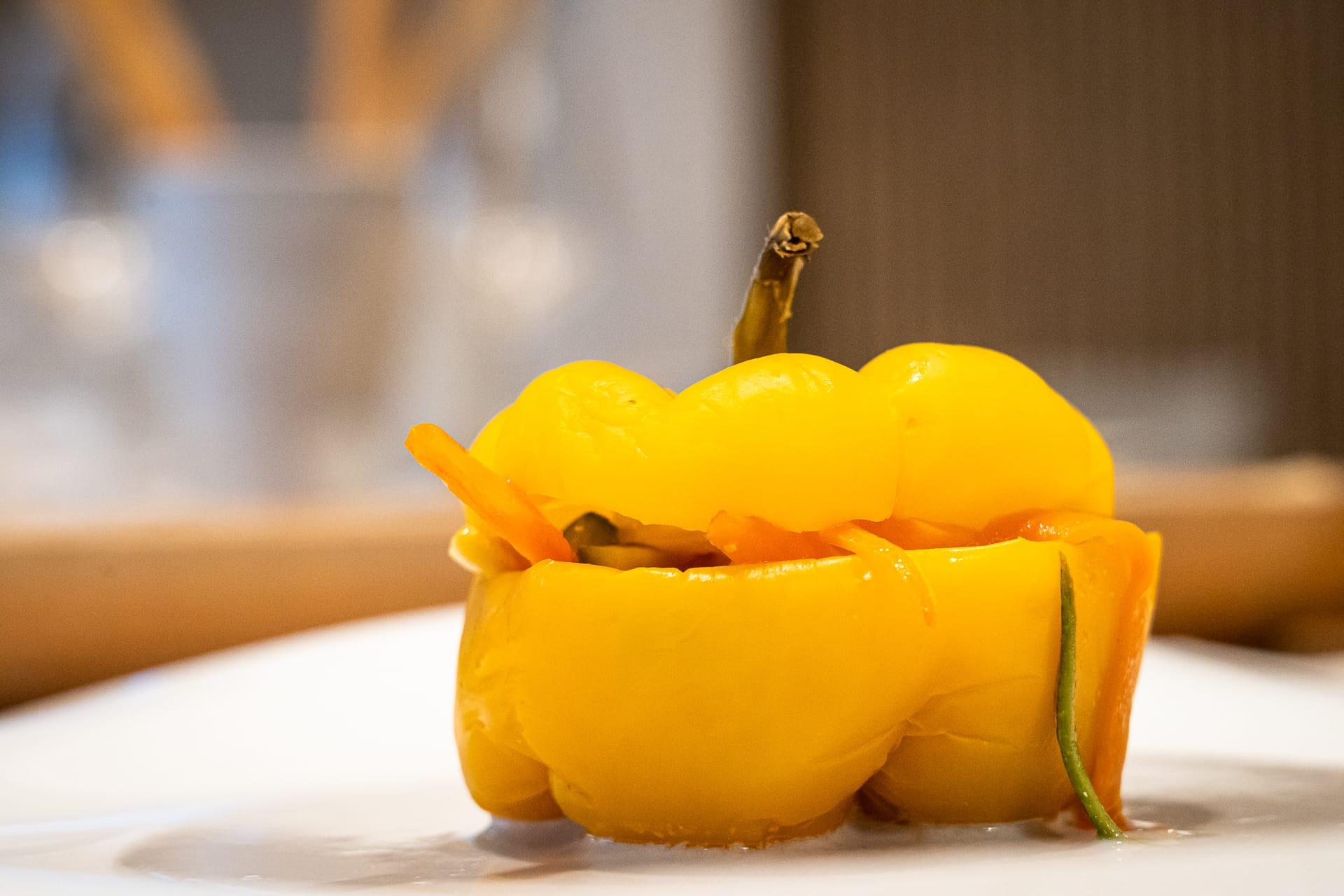peperone giallo al forno ripieno di verdure